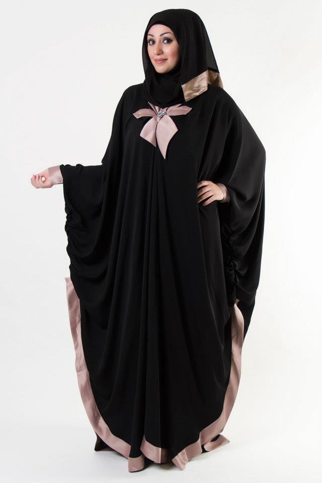 بالصور عبايات خليجية , عبايات مطرزة سعودية 3589 5