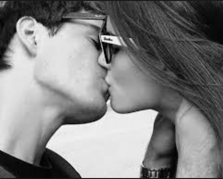 بالصور صور رومانسيه بوس , القبلات الرومانسية بين الزوجين unnamed file