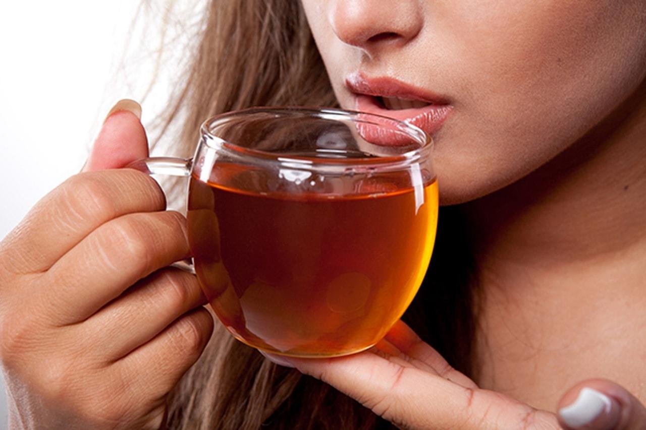 صورة اضرار الشاي , ماذا يفعل كوب الشاي في اجسامنا