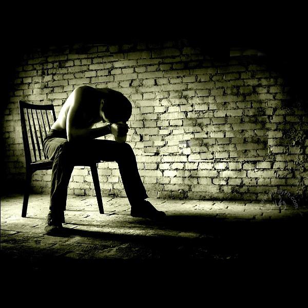 صورة صور شاب حزين , صور شباب حزينة