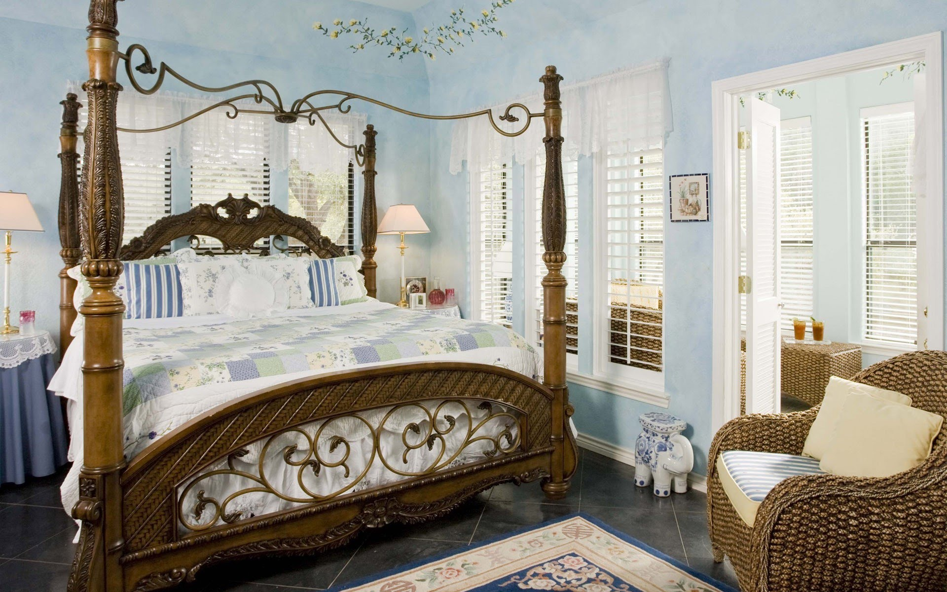بالصور ورق جدران غرف نوم , صور بعض الديكورات لغرفه النوم 3859 7