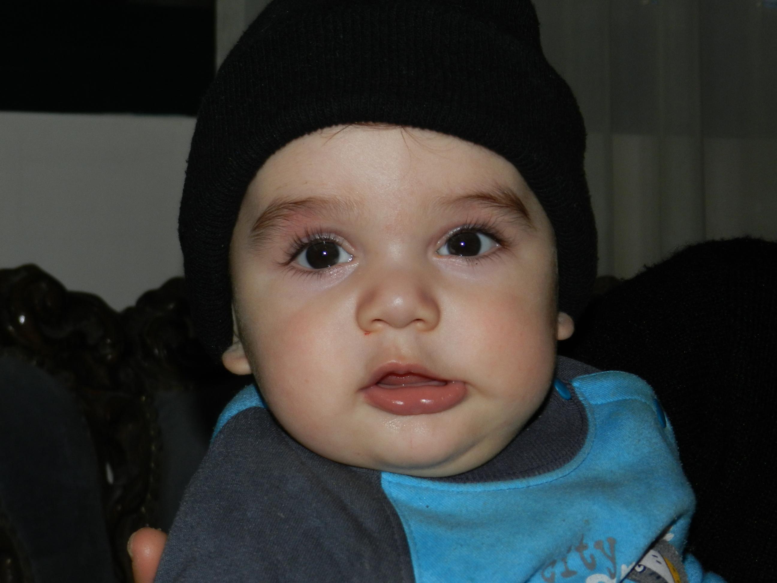 بالصور طفل صغير , اجمل طفل في العالم 486 8