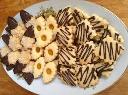 صورة حلويات بالزيت والبيض , حلوى سريعه التحضير