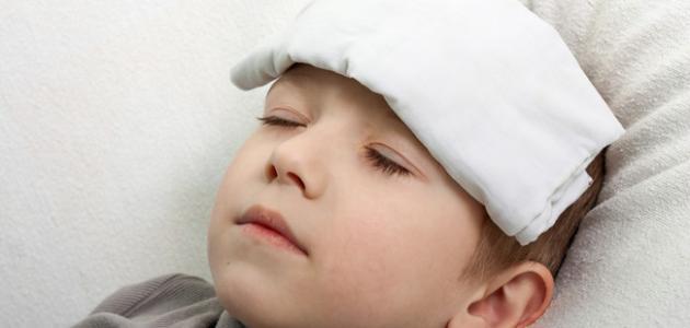 صور طرق خفض الحرارة , كيف تتصرفين لو عندك مريض حرارته عاليه
