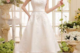 بالصور فساتين زفاف قصيره , اطلالتك المميزة بفستان الزفاف القصير 7246 10 310x205