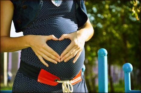بالصور حلمت اني حامل بولد , رؤية الصبي بالمنام 7367